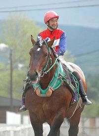坂本騎手・千葉騎手 調教師試験合格