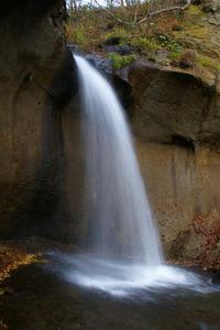 晩秋の七条大滝
