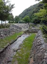 山鼻川の水辺道をラン