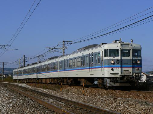 ▲115系 広島快速色 この色は広島快速色とゆーらしいです。私が鉄に戻... 広島快速色115系