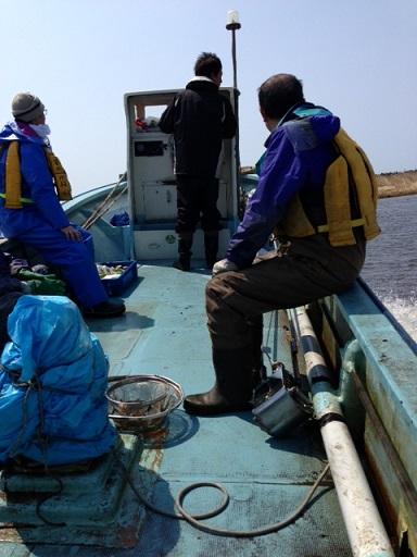 シジミの漁獲量とスノーホッケー