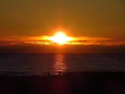 利尻富士に落ちる夕陽
