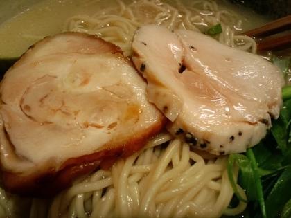 臥龍 (三軒茶屋) 鳥チャーシュー麺