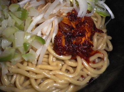 づゅる麺 池田 (目黒) 極太坦々麺汁なし