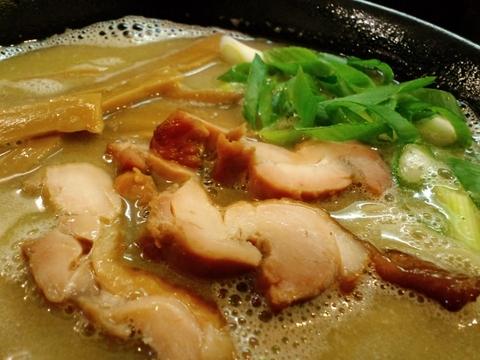 づゅる麺 池田 (目黒) 鴨煮干白湯麺