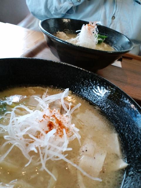 ラーメン勝ち抜きバトル (麺)ハレノヒ) キングバード麺