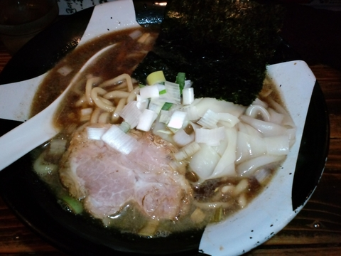 新宿煮干ラーメン 凪 (新宿) 煮干ラーメン