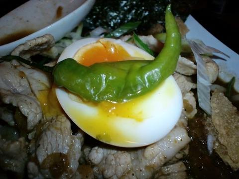 新宿煮干ラーメン 凪 (新宿) 煮干カレー肉そば
