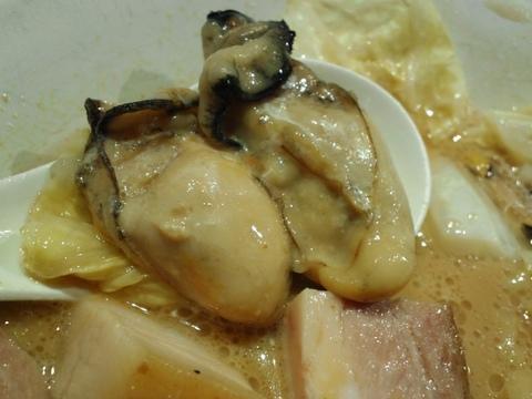 そばはうす不如帰 (幡ヶ谷) 牡蠣と生クリームの汁そば