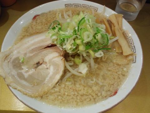 一製麺食堂 (西武新宿) らーめん