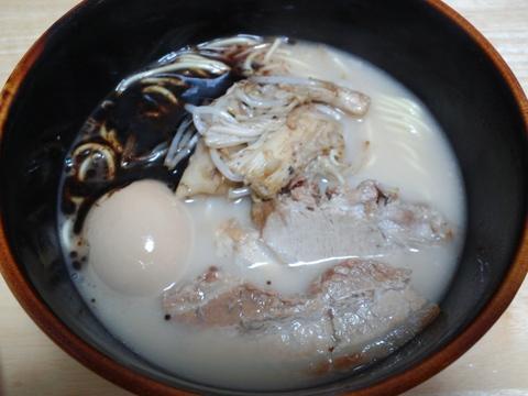 熊本ラーメン黒亭 ()