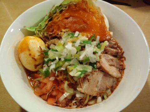 ajito (大井町) ピザソバ 豚卵
