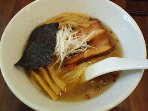 高蔵道 (西麻布) 塩ラーメン
