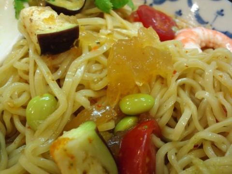 づゅる麺 池田 (目黒) 冷やしトムヤム夏野菜のゼリーよせ