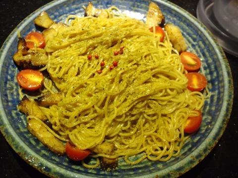 七重の味の店 めじろ (代々木) 小麦香る鶏と煮干しの醤油つけ麺