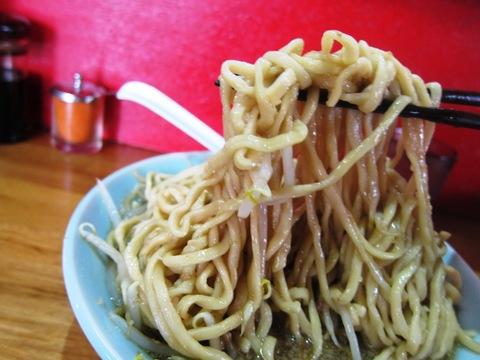 らーめん髭 (平和島) 醤油ラーメン
