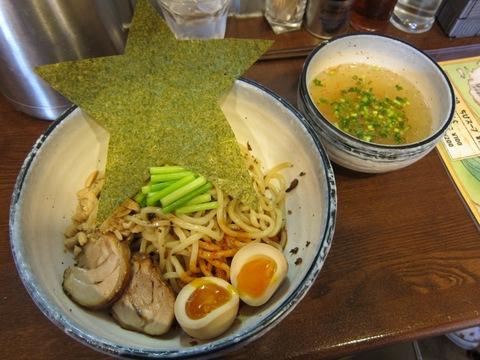 麺場 ながれぼし (京急蒲田) 担担キノコの冷やヒヤ和えつけ