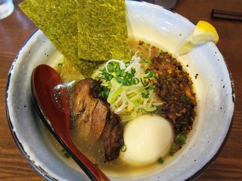 麺場 MILESTONE (京急蒲田) ネギ塩牛キノコ