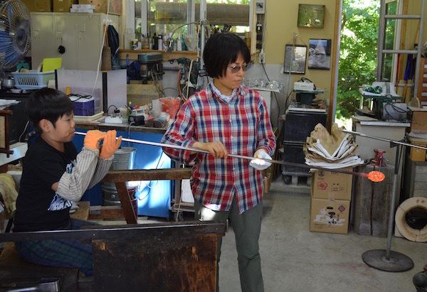 マインクラフトの世界を垣間見る 吹きガラス体験 北広島市