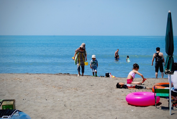 石狩市 あそビーチで巡り逢える 砂の妖怪