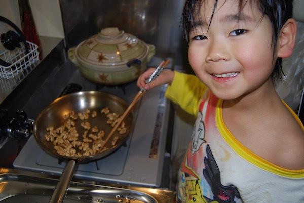 子供と作った「キャラメル胡桃クッキー」が美味すぎて