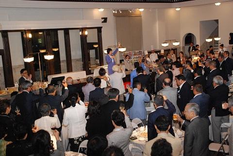 国内経済界トップらが小樽に参集、ニトリレディス前夜祭