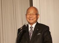 北海道経営未来塾で渡文明JXホールディングス名誉顧問が講演