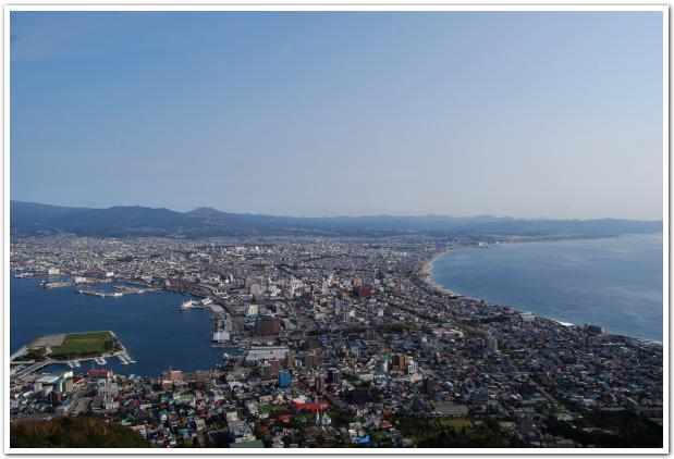 函館山の稜線を歩きつつ 津軽要塞跡地ツアー