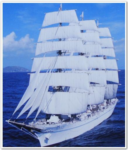 ピカピカ輝く「海王丸」に乗船してみた