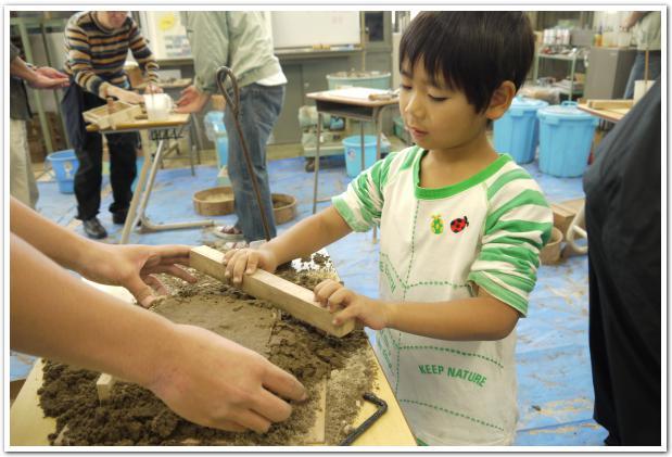 カルメラ焼き体験に萌える!函館高専学園祭
