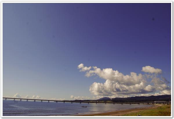 海に続く道 太平洋コンクリート上磯工場