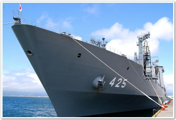 すっごく巨大な自衛艦「ましゅう」に乗船してみた
