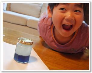 目にも楽しい科学実験!紫キャベツと浮かぶ泡