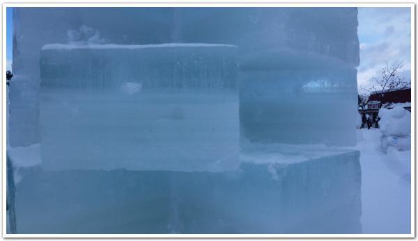 大沼函館「雪と氷の祭典」で視線を一人じめ?した白く輝く駒ヶ岳