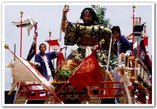 背中から感じる「姥神大神宮渡御祭」と「江差」の粋