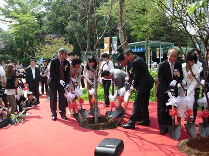 ニトリの協賛で台湾に渡った釧路のタンチョウを初公開!