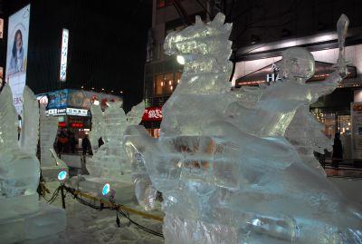 第60回さっぽろ雪まつり「すすきの氷の祭典」はじまる
