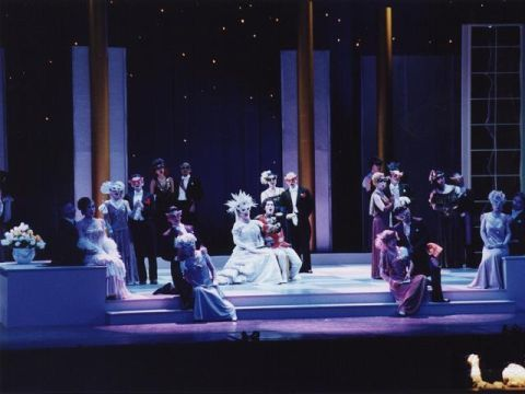 正月明けにオペラはいかが? 二期会の「メリー・ウィドウ」
