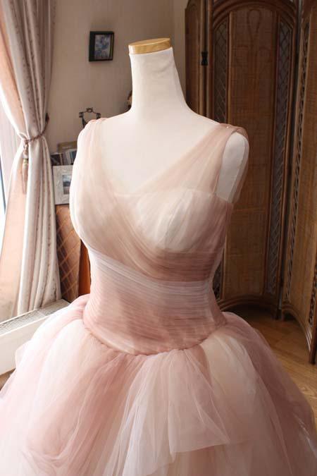 インポートドレスのサイズ合わせ