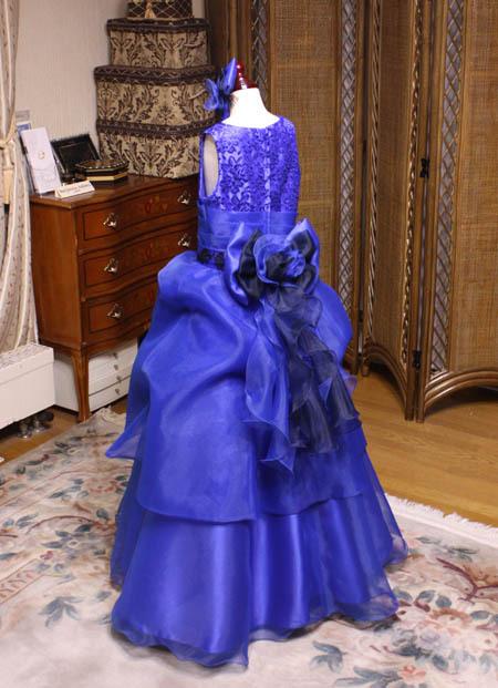 ピアノの発表会ドレス バックスタイル デザイン