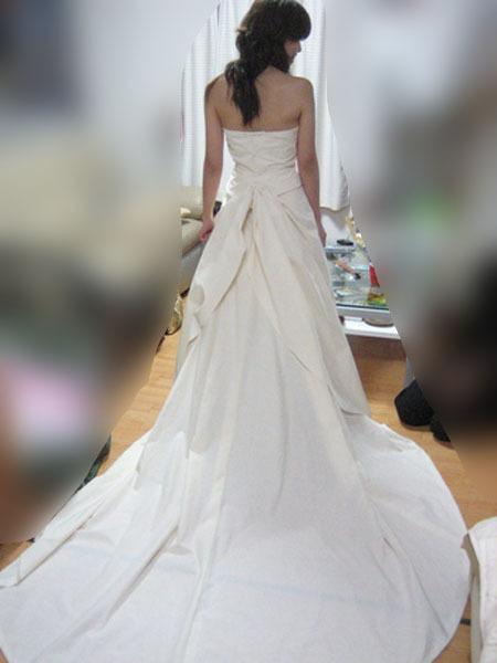 ウェディングドレスの仮縫い 札幌