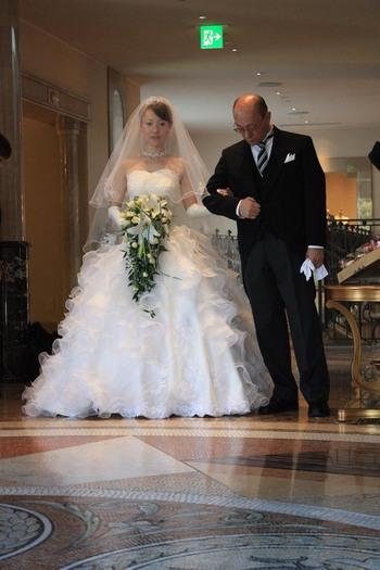 結婚式当日のウェディンドレス姿