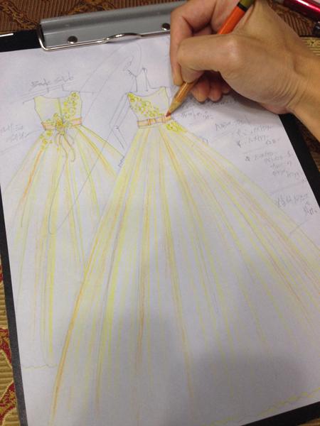 ピアノの発表会ドレス デザイン画 愛知県のお客様
