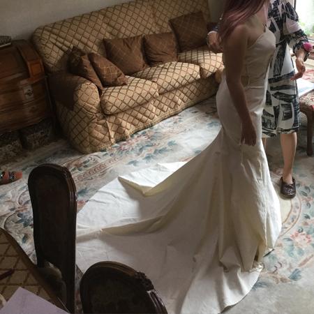 ウェディングドレスのオーダーメイド制作
