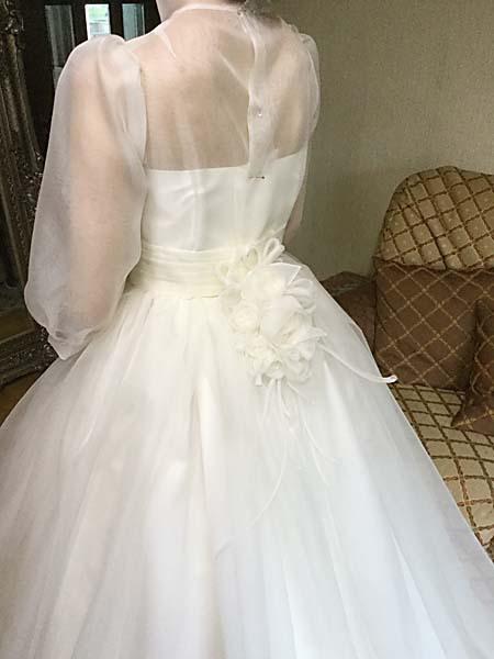 ドレスの本仮縫、最終確認とサイズ合わせ