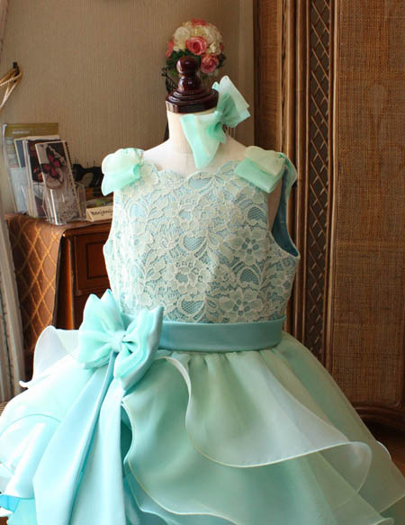 可愛いい上半身デザイン 大阪のお子様 子供用オーダードレス