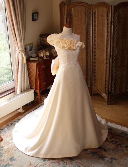 ウェディングドレス 札幌の花嫁様オーダードレス