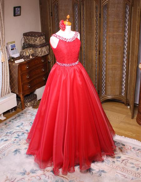 ピアノの受賞コンサート用ドレス
