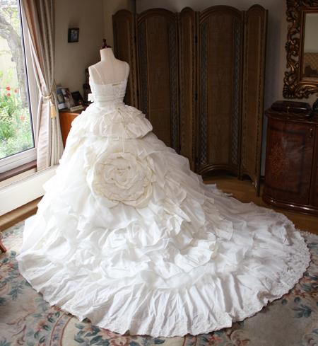 ウェディングドレス スカート