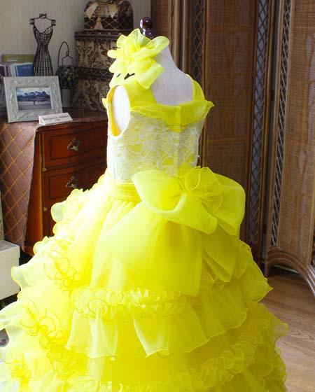 子供を可愛く演出するリボン ピアノドレス